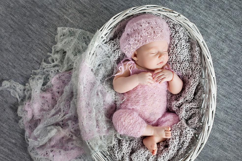 È nata una bimba. I consigli di Stock Family.